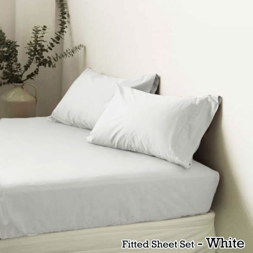 Polyester Cotton Fitted Sheet Set by Apartmento